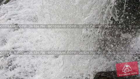 Купить «Spring waterfall background», видеоролик № 26524756, снято 22 мая 2017 г. (c) Юрий Брыкайло / Фотобанк Лори