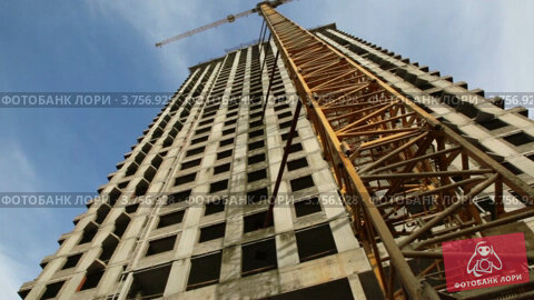 Купить «Строительство дома», видеоролик № 3756928, снято 30 августа 2011 г. (c) Losevsky Pavel / Фотобанк Лори