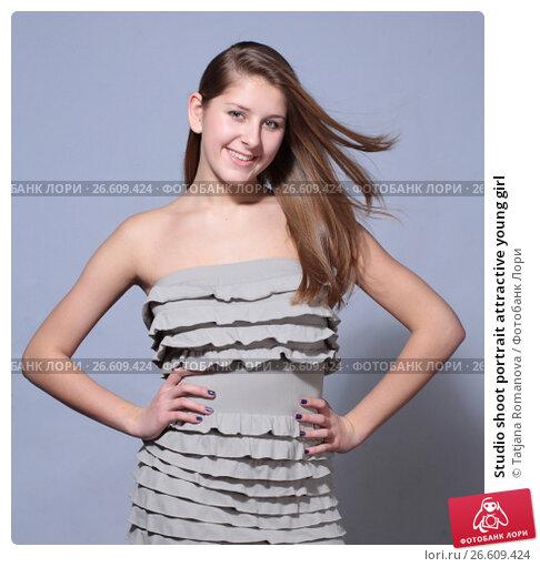 Купить «Studio shoot portrait attractive young girl», фото № 26609424, снято 27 января 2012 г. (c) Tatjana Romanova / Фотобанк Лори