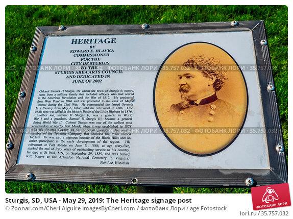 Sturgis, SD, USA - May 29, 2019: The Heritage signage post. Стоковое фото, фотограф Zoonar.com/Cheri Alguire ImagesByCheri.com / age Fotostock / Фотобанк Лори