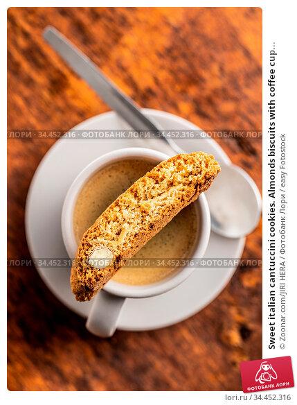 Sweet italian cantuccini cookies. Almonds biscuits with coffee cup... Стоковое фото, фотограф Zoonar.com/JIRI HERA / easy Fotostock / Фотобанк Лори
