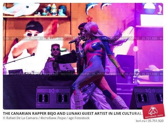 THE CANARIAN RAPPER BEJO AND LUNAKI GUEST ARTIST IN LIVE CULTURAL... Редакционное фото, фотограф Rafael De La Camara / age Fotostock / Фотобанк Лори