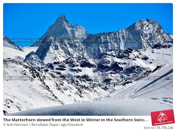 The Matterhorn viewed from the West in Winter in the Southern Swiss... Стоковое фото, фотограф Neil Harrison / age Fotostock / Фотобанк Лори
