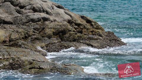 Turquoise rolling wave, slow motion. Стоковое видео, видеограф Игорь Жоров / Фотобанк Лори