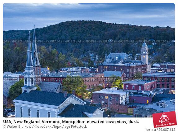 Купить «USA, New England, Vermont, Montpelier, elevated town view, dusk.», фото № 29087612, снято 4 октября 2017 г. (c) age Fotostock / Фотобанк Лори