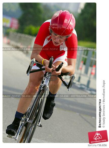 Купить «Велосипедистка», фото № 56656, снято 7 июля 2005 г. (c) Vasily Smirnov / Фотобанк Лори