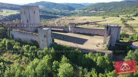 View of medieval Puivert castle. Languedoc-Roussillon region. France. Стоковое видео, видеограф Яков Филимонов / Фотобанк Лори