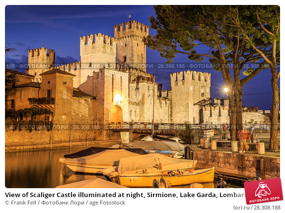 Купить «View of Scaliger Castle illuminated at night, Sirmione, Lake Garda, Lombardy, Italian Lakes, Italy, Europe», фото № 28308188, снято 20 августа 2017 г. (c) age Fotostock / Фотобанк Лори