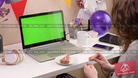 Купить «Woman celebrating birthday from home», видеоролик № 33706332, снято 19 апреля 2020 г. (c) Сергей Петерман / Фотобанк Лори